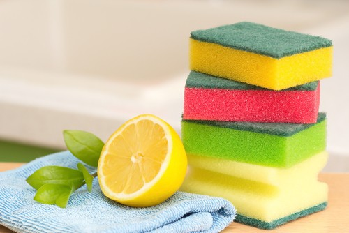 Cleaning with lemon