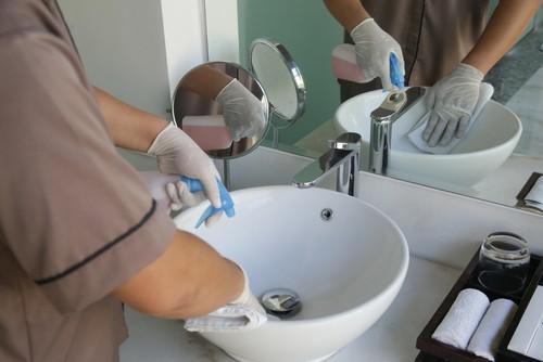 Best Way To Spring Clean Bathrooms